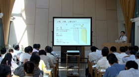 松本先生の講演